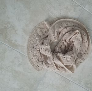 Accessories - 5/$20 Infinity scarf